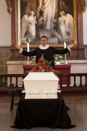 Præsten lyser velsignelsen