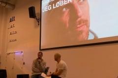 Journalist Anders Legarth, der har skrevet bogen 'Jeg løber' efter tabet af sin datter, i samtale med Ole Huld fra DR - til tema-aftenen om sorg.