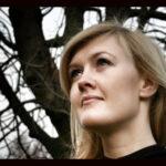 Elen Lura er til daglig cellist i Det Kongelige Kapel ved Det Kongelige Teater og Operaen.