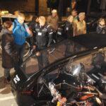 Gæster stimlede sammen ved Harley Davidson rustvognsmotorcyklen.